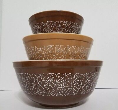 Vintage Pyrex Bowls Nesting Mixing Woodland #401,402,403 Brown White Floral