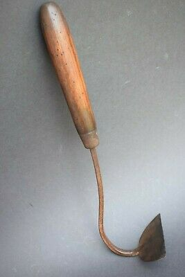 Vintage Garden Tools: Early 1900s Brades Ash Handled Onion Hoe old weeding tool