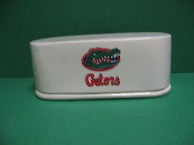 AWESOME   MADE  IN  USA!!! COLORFUL AUTUMN LEAVES  CERAMIC  BUTTER   DISH.