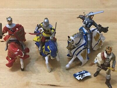 Papo Knights  Horses Toy Bundle King