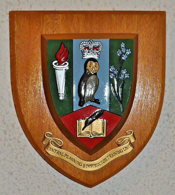 Police Central Planning & Instructor Training Unit plaque shield crest