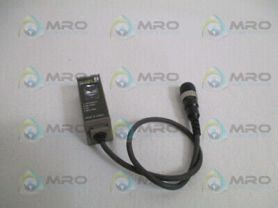 OMRON E3S-CT61-L Reflektions Lichtschranke Photoelectric Switch Foto 10...30VDC