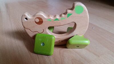 EverEarth Crocodile Rattle Grasping Toy Wooden Green Eco Plan Toys
