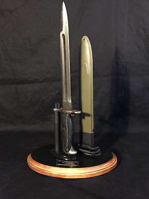 Display Stand for the US-M1 Garand Bayonet & Scabbard  US WWII