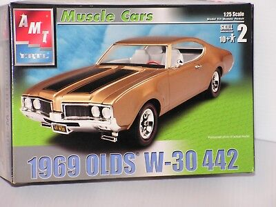 Amt #31746 1/25 1969 Olds W-30 442 Open/fsi