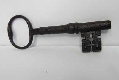 19c Victorian 5.5 inch Bridge Ward Lock key Wire Bow  original iron