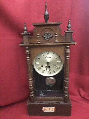 Vintage Linden 31 Day Wind Up Pendulum Chime Wall Clock No. 8052 w/Key