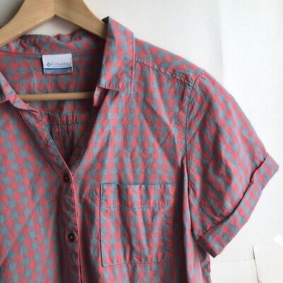 9cb26696f46ce0 COLUMBIA Women's Coral Red Blue V-Neck Short Sleeve Button Down Plaid Top  Large