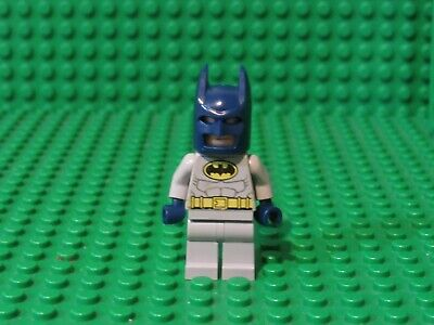 Lego Batman Minifig Mask x 1 Black Cowl with Blue Goggles for Minifigure