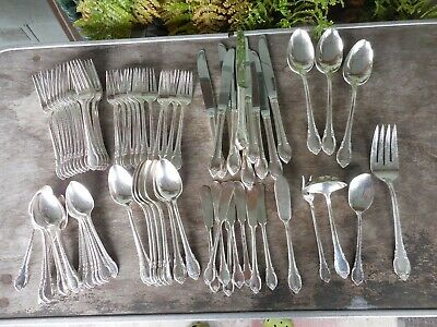 1847 Rogers Bros Remembrance Silverplate SP 77 Piece Lot Set Knife Fork Spoon &