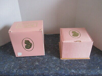 Vintage Evyan Powdered White Shoulders Box, Box Container and Powder Container