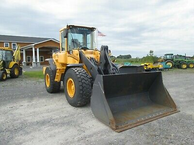 Volvo L90E Used Wheel Loader Tractor 4X4 Articulating Quick Couple Bucket Cab