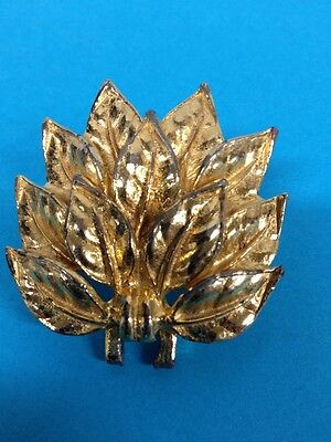 Vintage 1976 Signed Mimi Di N Gold Tone Belt Buckle Bouquet Style Leaves