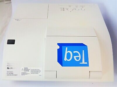 Hitachi CP-A222WN 3LCD White Projector with HDMI and LAN Good Condition