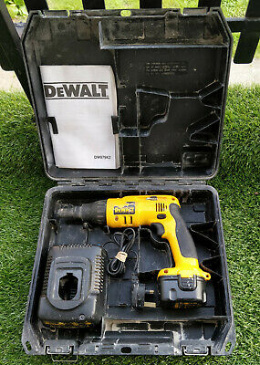 DeWalt Dw979 Cordless drywall Screwdriver drill good battery charger case