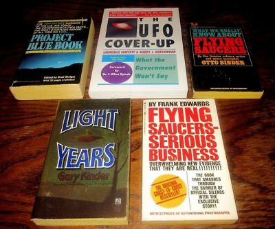 UFO/Flying Saucers Vintage Book Collection-Lot of 5