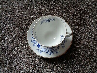 Coalport Bone China Made in England Cairo Gold Trim Teacup and Saucer WOW