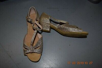 Gold lame Roch Valley cuban heel ballroom/latin dance shoes - size child 1  (p8)