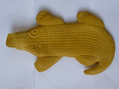 Vintage Yellow Alligator Crocodile Novelty Rubber Hot Water Bottle