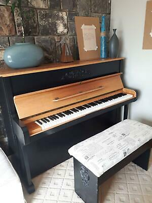 Ronisch Upright Piano 3 Pedal