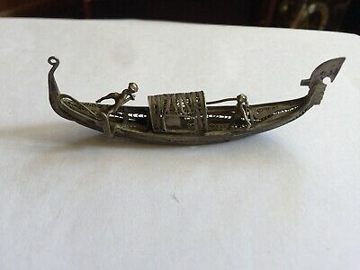 Chinese Vintage Tested Solid Silver Boat And Two Rowers 19g