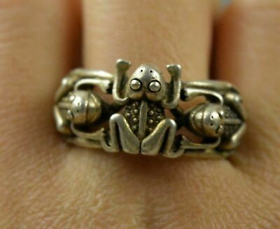 Ancient Chinese Collectable Miao Silver Carve Three Frog Tibet Souvenir Old Ring