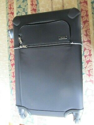 """Tumi Wycliff International Collection 4 Wheel Carry-on NEW (22""""x14""""x 9""""-11"""" exp)"""