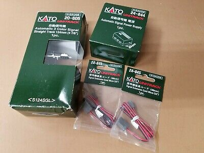 Kato N Scale Unitrack Automatic 3 Color Signal plus Power Supply and Extensions