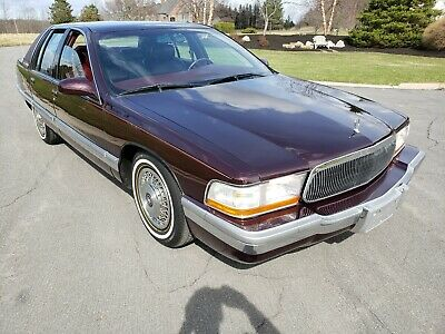 1995 Buick Roadmaster 10,697 Original Miles Lt1 One owner Carfax Clean 1995 Buick Roadmaster LIMITED 10,697 Original Miles Carfax Clean Collector Show