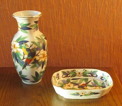 Japanese Porcelain Vase & Trinket Dish with Exotic Birds in Foliage.
