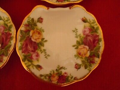 Royal Albert Old Country Roses **1 SCALLOP / OYSTER / SHRIMP DISHS  6 AVAILABLE