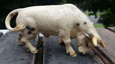 Lot 20 of 50. SCHLEICH white spotted rodeo bull 2005 RETIRED (played with) cow