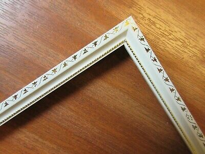 4 Lengths (4 x 1m) - Small 10mm Wooden White & Gold Picture Frame Moulding