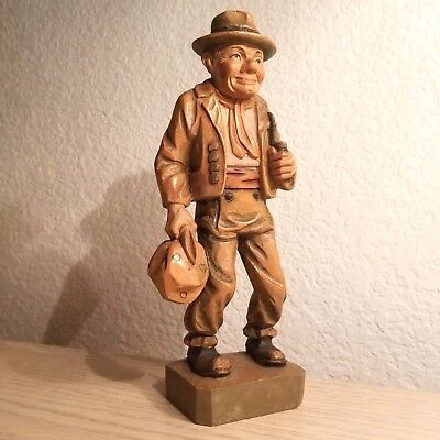 Vintage Wood Carving Traveling Man with Pipe and Knapsack – Made In Italy –