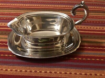 Rectangular Silverplate Gravy Boat and Tray (vintage)