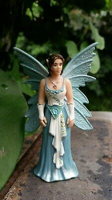 Lot 36 of 50. SCHLEICH Bayala? Fairy? Magical elf? RETIRED? Blue winged lady