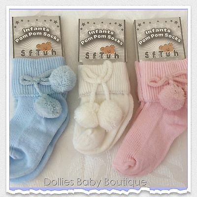 WHITE KNEE HIGH BABY SOCKS WITH POM POMS NB-3M 3-6M /& 6-12M BRAND NEW FREE POST!