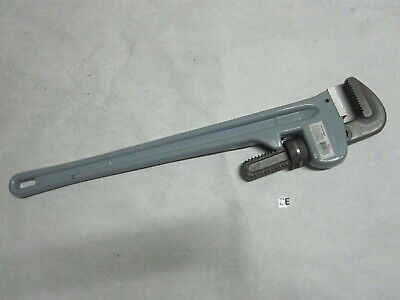 """24"""" Aluminum Pipe Wrench Hand Tools W-024"""