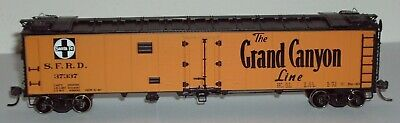 HO Athearn Ready to Roll AT&SF 50' Reefer #37337