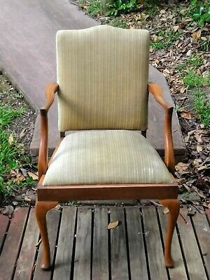 Dining Room Chairs Green in Great Condition