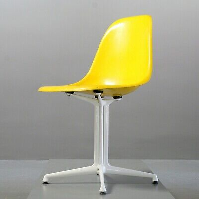 Charles Eames Fiberglas Side Chair Canary Yellow, Herman Miller/ Vitra La Fonda