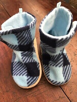Old Navy toddler boys ? polyester blue buffalo plaid bootie slippers size M