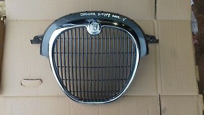 GRILL / CHROME FRONT RADIATOR GRILLE  2007  - Jaguar S-Type Facelift
