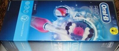 Braun Oral-B PRO 2 2000N CrossAction Electric Rechargeable Power Toothbrush Pink