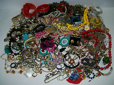 HUGE Lot of Vintage + Modern Costume Jewelry, over 7+ LBS