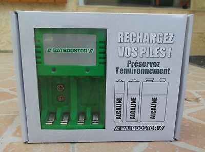 2Chargeur BATBOOSTOR  piles alcaline, saline ou rechargeble AAA, AA  6LR 9 volts
