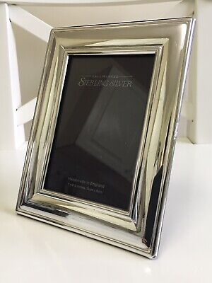 Solid Silver Photo Frame by Carr's of Sheffield Hallmarked 1998 (18cm x 14cm)