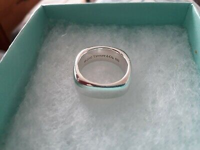 a39b75a43 2003 Tiffany & Co 925 Sterling Silver Cushion Square Band Ring UK SIZE P-P1