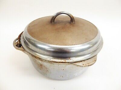 Cast Iron Griswold No. 9 Tite-Top Dutch Over W/ Self Basting Lid
