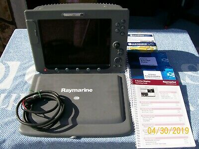 RAYMARINE E-120 CLASSIC MFD PC: E02013, with suncover, manuals, cable VERY  NICE